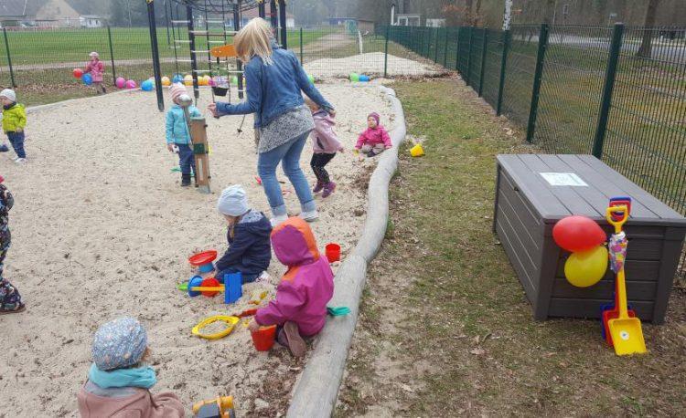 Einweihung der Spielplatzsaison 2019 und neue Spielgeräte in Hangelsberg